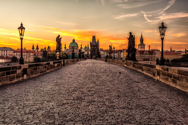 Prague_bridge