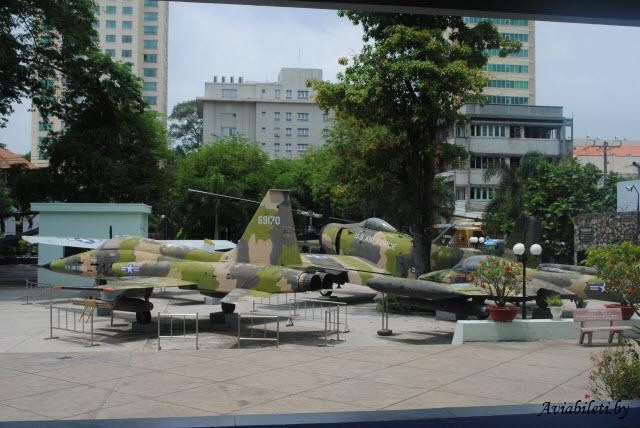Ho Chi Minh 4