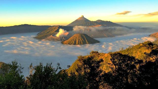 Bromo_Volcano