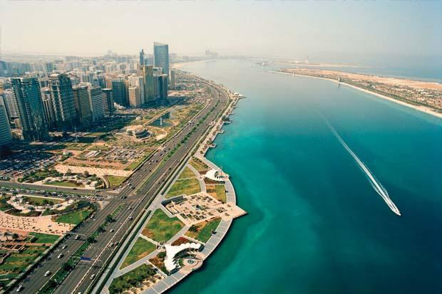 1_Corniche_From_Above