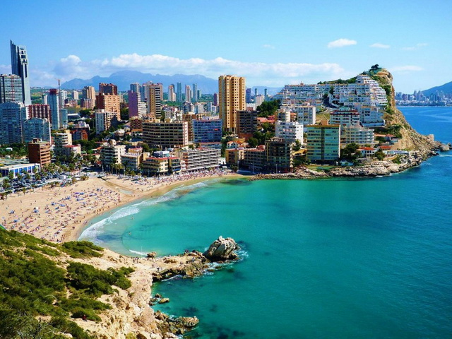 benidorm-beaches-1024x768