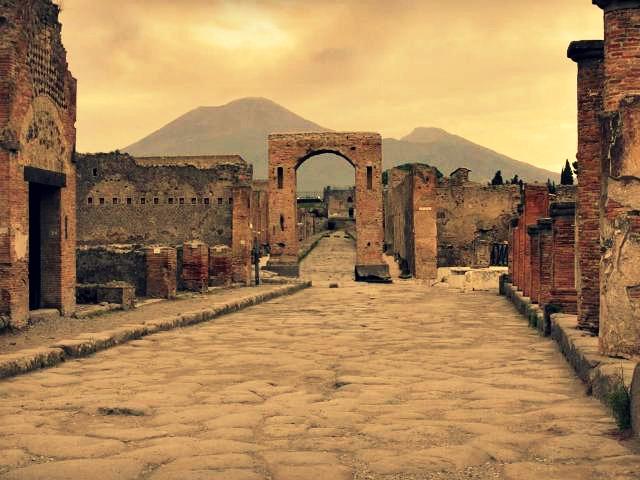 Pompeii-Italy1